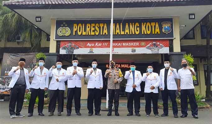 DPD PKS Kota Malang silaturahmi ke Polresta Malang.