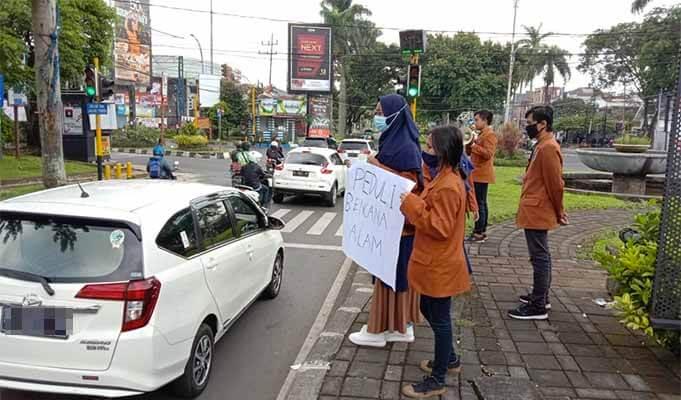 BEM Unikama Galang dana untuk korban bencana Sulawesi dan Kalimantan