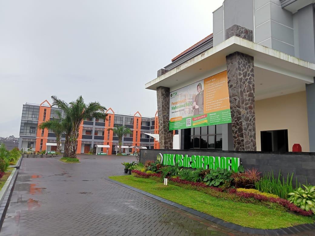 https://kumparan.com/tugumalang/mengenal-itsk-rs-dr-soepraoen-kampus-terbaik-di-bawah-naungan-tni-ad-1vQKBz8wGdY