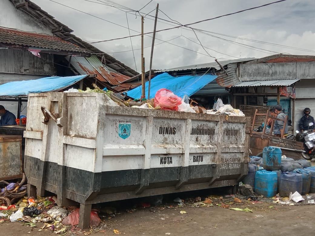 Bak penampung sampah sementara DLH Kota Batu. Foto: Sholeh/Tugumalang.id.