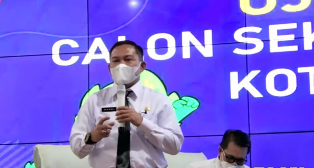 Handi Priyanto, salah satu calon Sekda saat melakoni Uji Publik di di Ngalam Command Center (NCC) Balai Kota Malang, Kamis (8/4/2021).