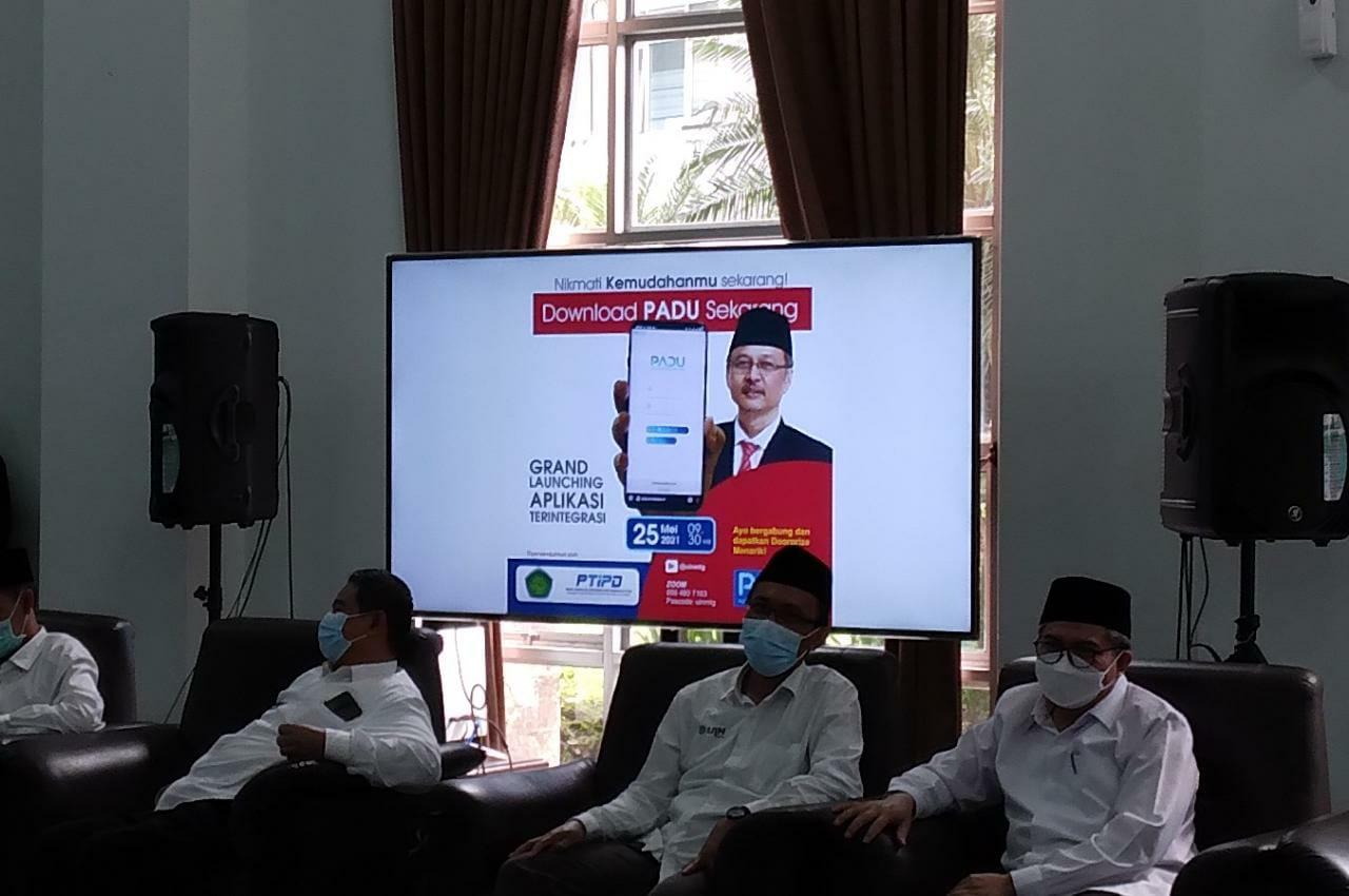 Launching sistem PADU oleh Rektor UIN Malang Prof. Dr. Abdul Haris, M.Ag. Foto: Feni.