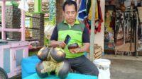 Silaturahmi bersama Pak Alex, penjual Es Dawet Siwalan, khas Tuban, Selasa (08/06/2021). (Foto: Rochim/Tugu Jatim)
