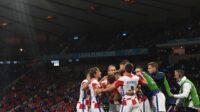 Pemain Kroasia bersukacita setelah lolos drastis ke fase 16 besar Euro 2020