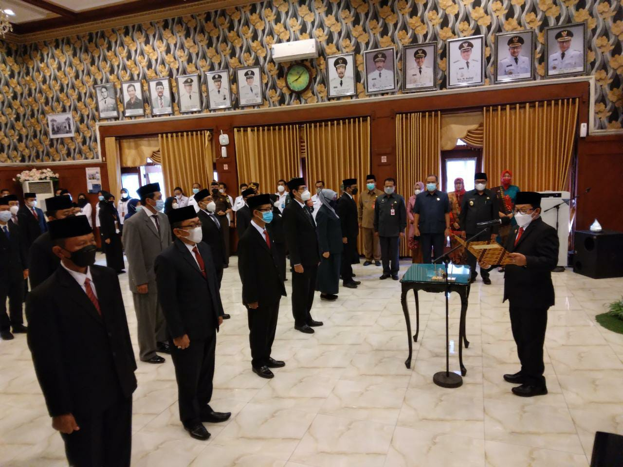 Wali Kota Malang, Sutiaji, melantik 39 pimpinan tinggi pratama, jabatan administrator dan jabatan pengawas di lingkungan Pemkot Malang. Foto: Feni Yusnia.